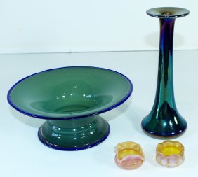 Four Pieces Of Art Glass