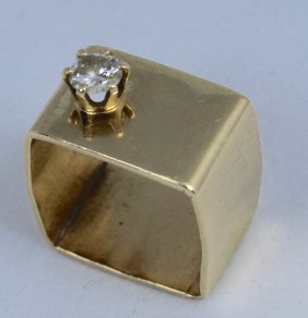 "14k ""modern"" Gold Ring With Diamond"
