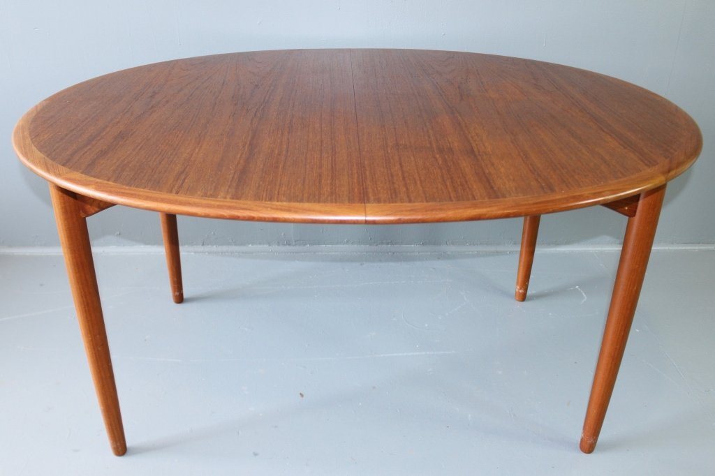 Mid Century Modern Dining Table & Chairs - 2