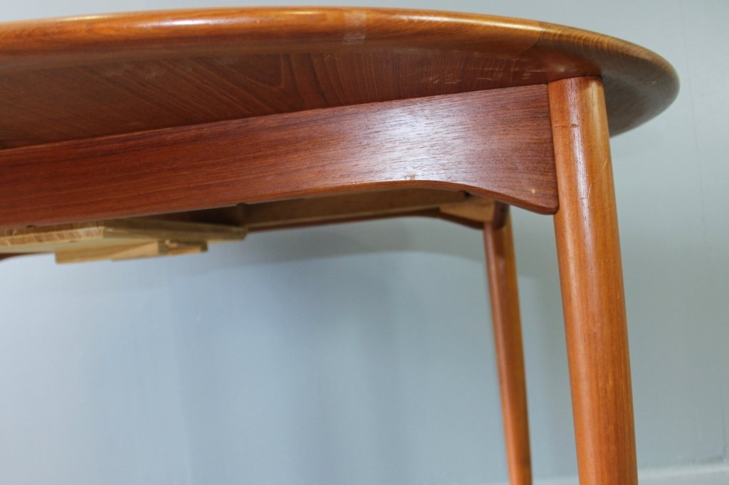 Mid Century Modern Dining Table & Chairs - 3