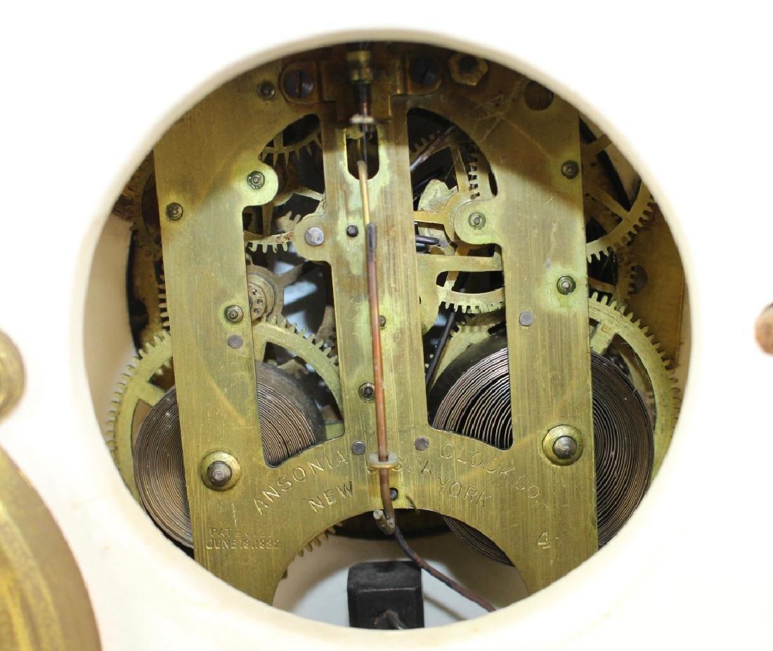 "Royal Bonn Porcelain Clock ""La Clair"" - 4"