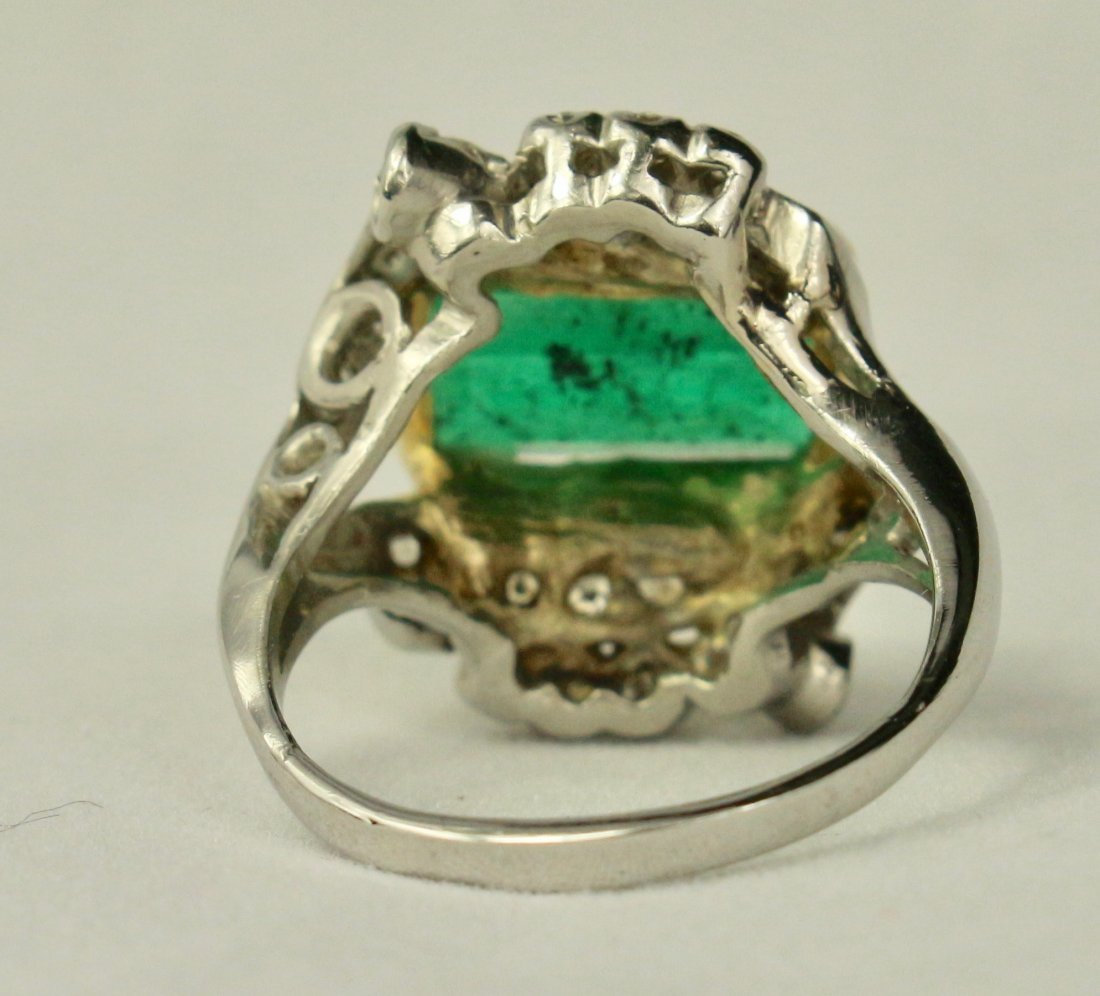Natural Colombian Emerald Ring - 3