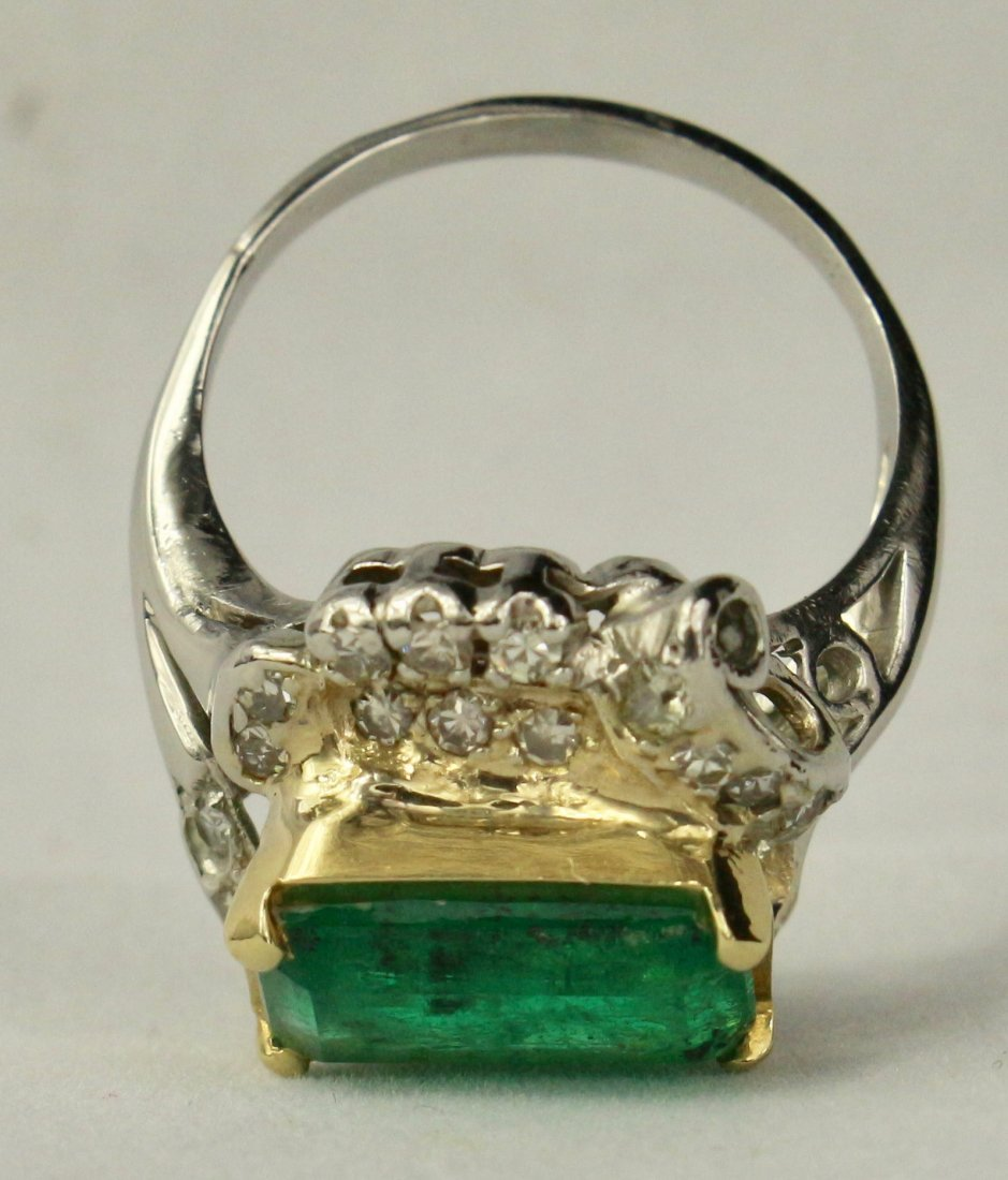Natural Colombian Emerald Ring - 4
