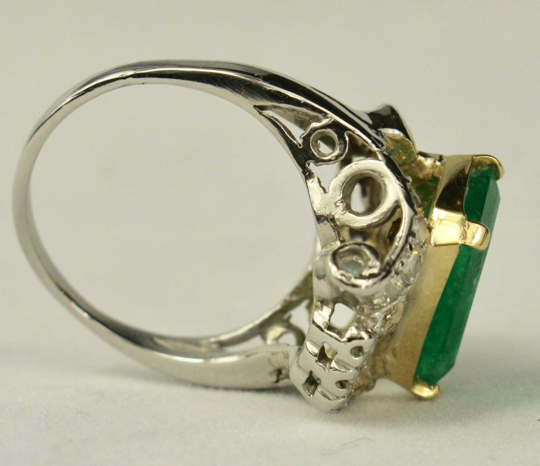 Natural Colombian Emerald Ring - 5