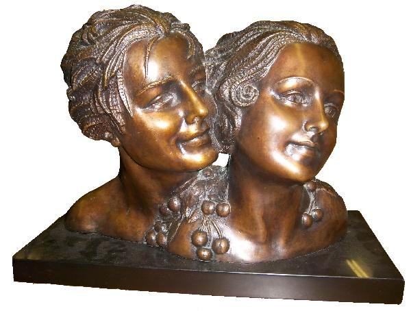 8: C1910 Signed D.H. Chiparus bronze of lovers