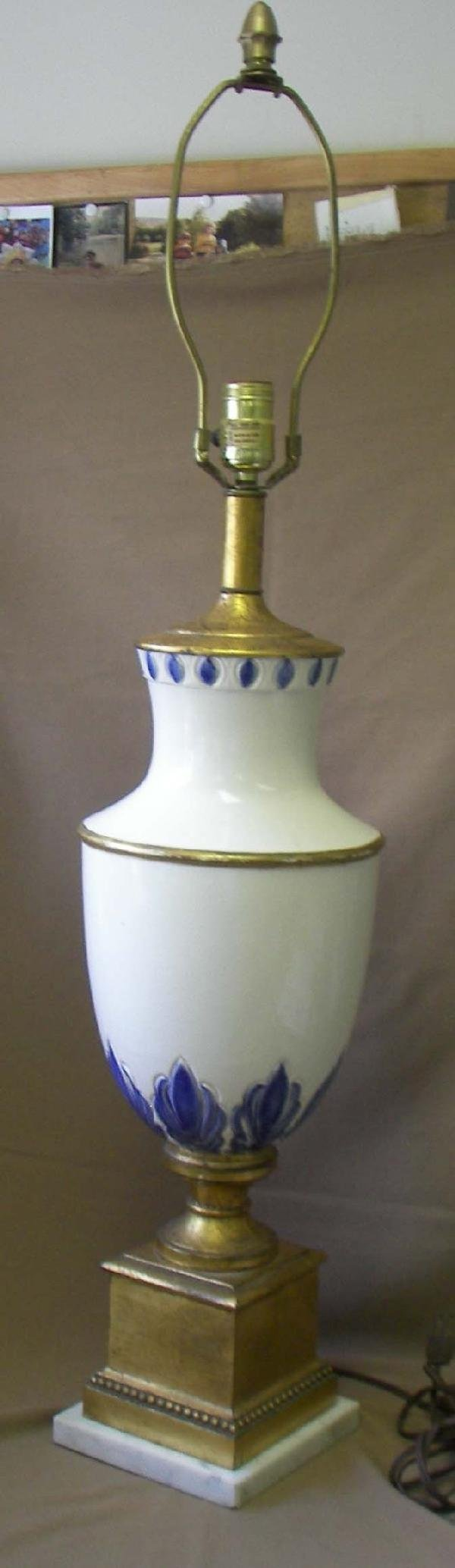 42: 20th C. paint decorated urn shape table lamp