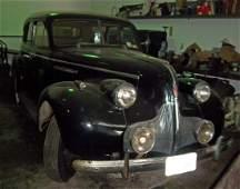 98A: 1939 Buick 4 door straight 8