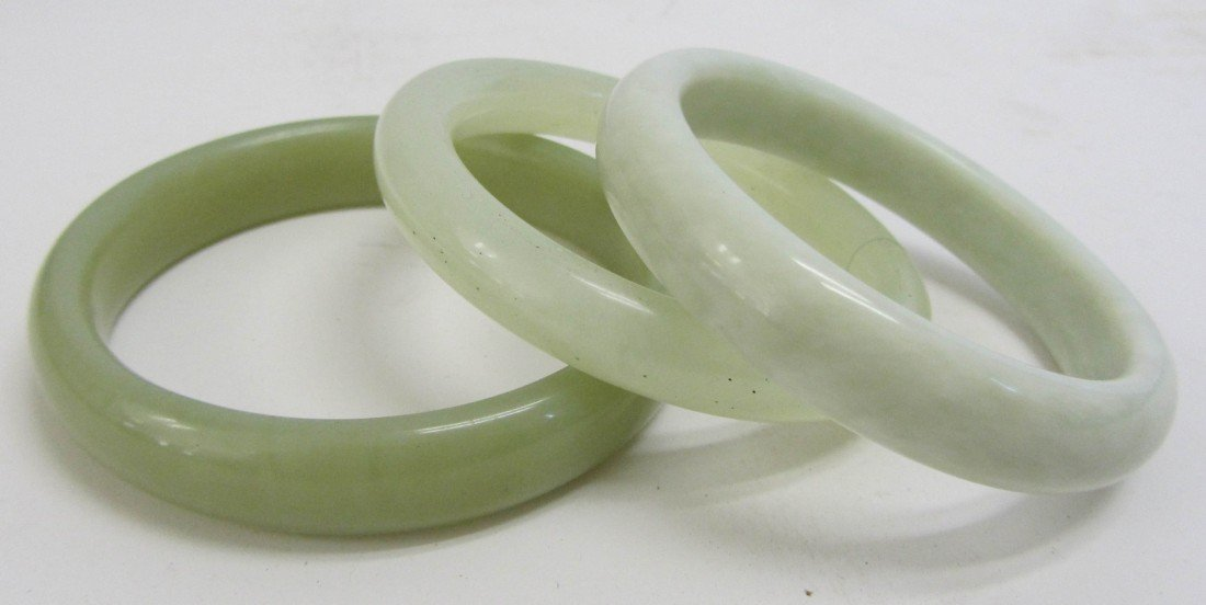137: Set of 3 Jade bangles