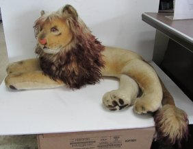 Early Steiff Lion With Original Tag
