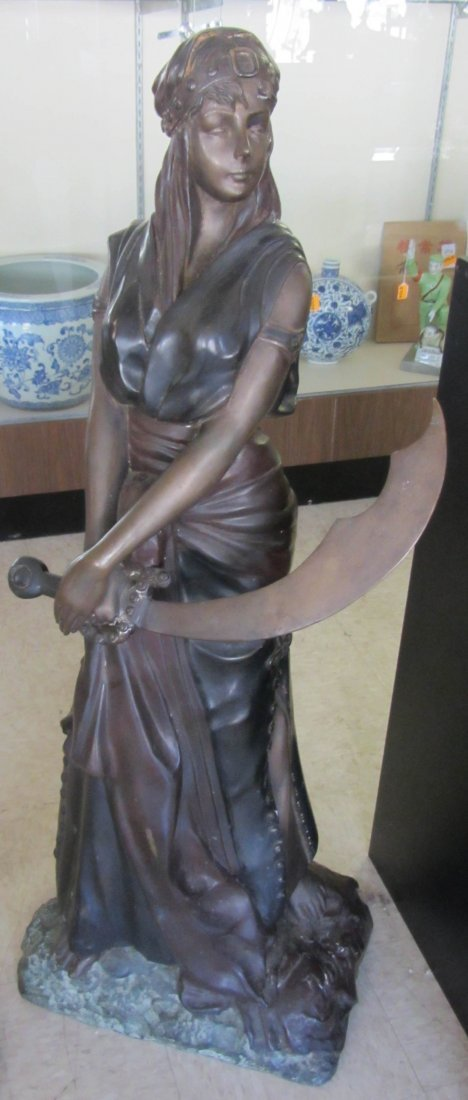 125: 20th C. bronze statue of Egyptian Revial woman