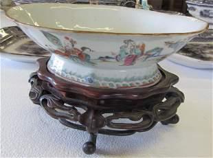 Oriental bowl with teak base