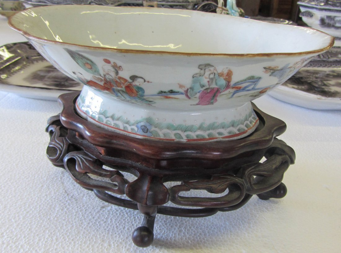 5A: Oriental bowl with teak base
