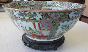 Famille Rose punchbowl on stand