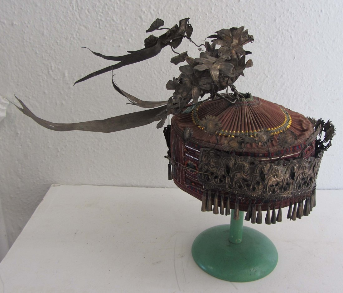 2: C1900 Chinese hat decorated with low grade silver