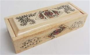 Small detail decorated bone domino box