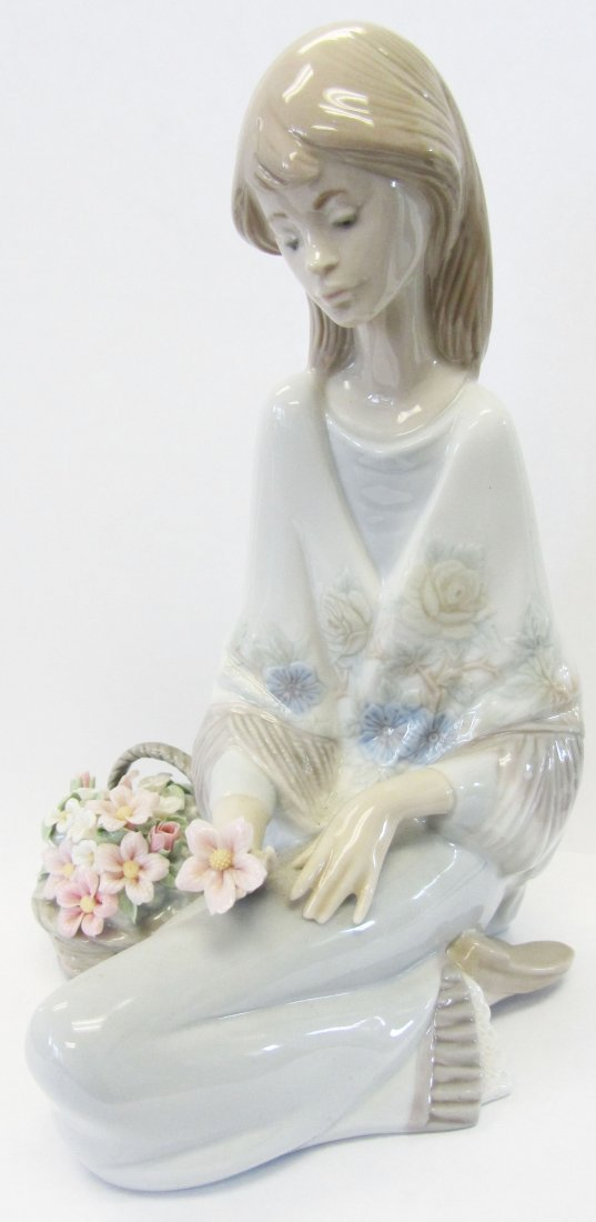 "Original Lladro ""Flowers Song"""