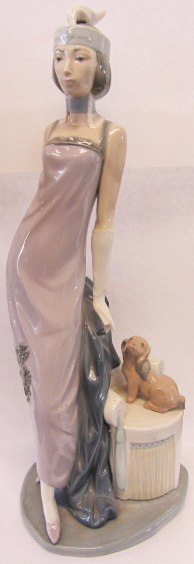 "Original Lladro ""Couplet Lady"""