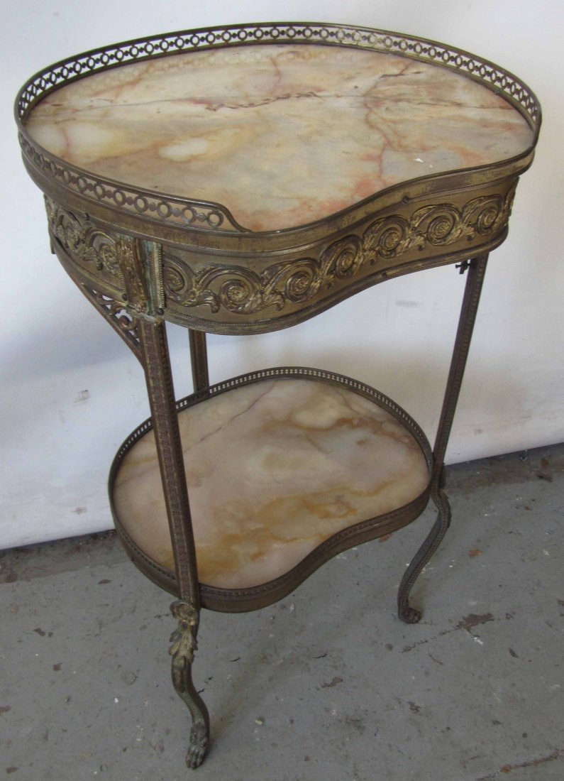 C1900 Bronze and onyx 2 tier stand