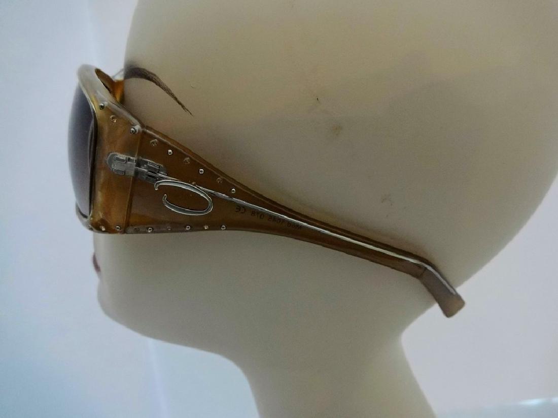 """""""Oscar De Larenta"""" Vintage Sunglasses mod. 1045 078 - 2"""