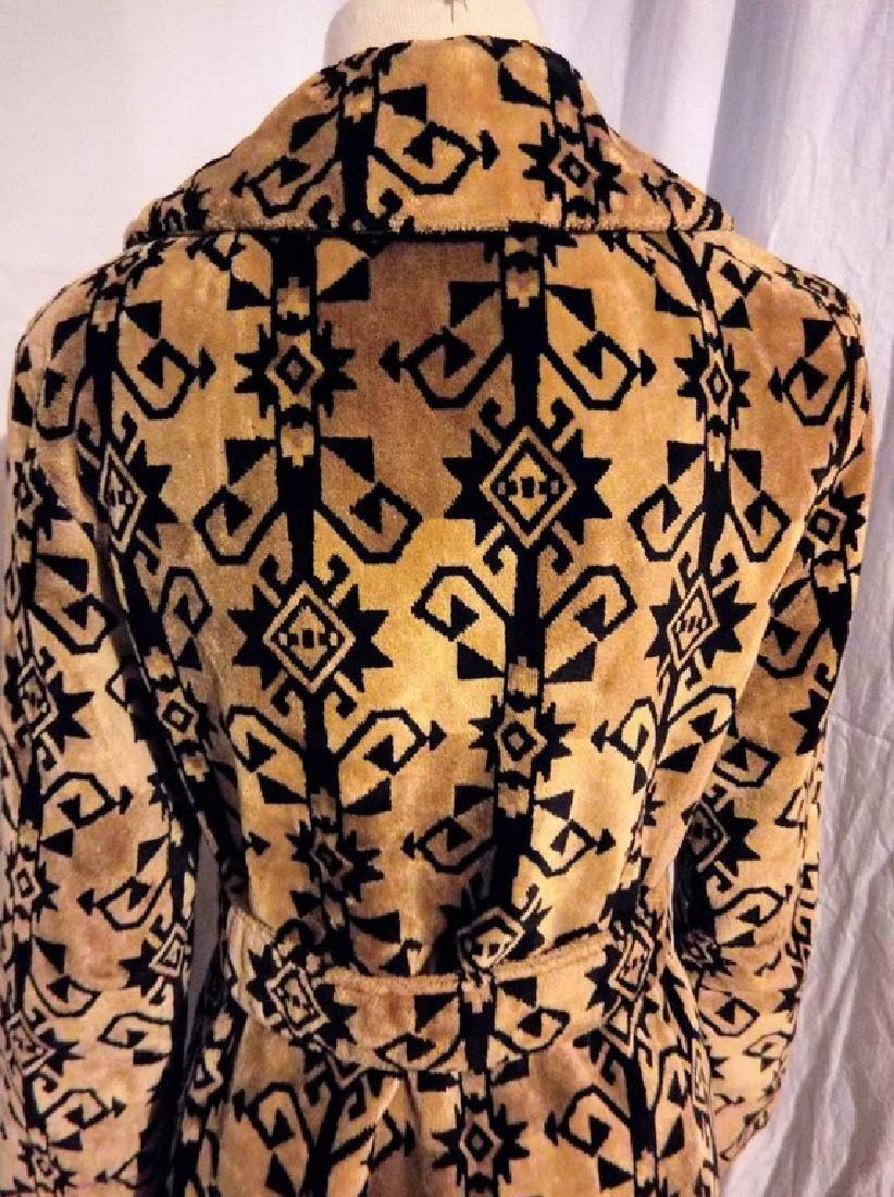 Ladies Vintage 1960's Black and Tan Valor Coat, - 6