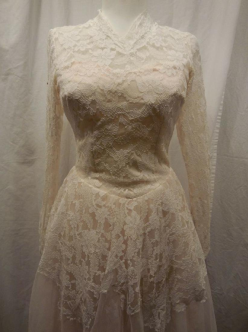 Beautiful Ladies 1950's Vintage pale Pink Tulle & Lace - 2