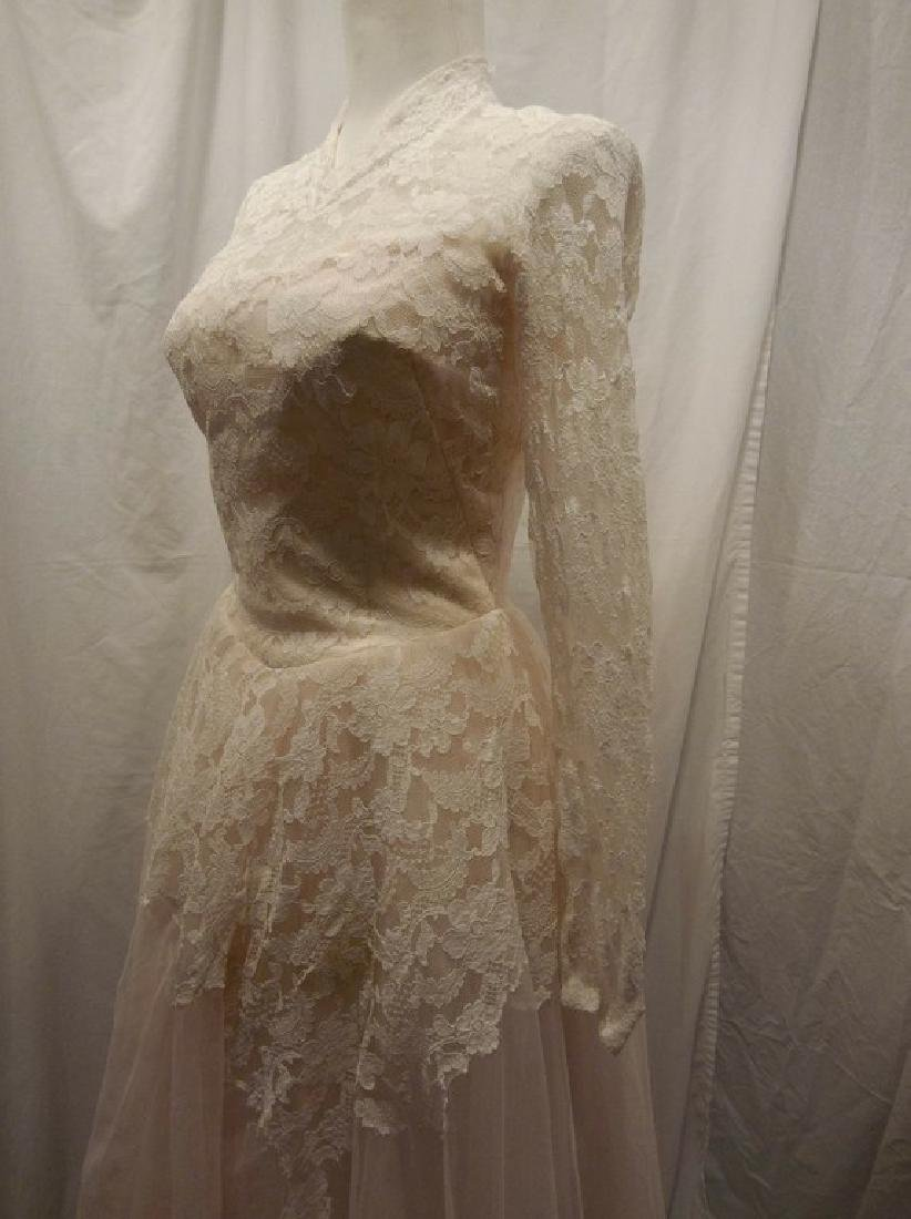 Beautiful Ladies 1950's Vintage pale Pink Tulle & Lace - 3