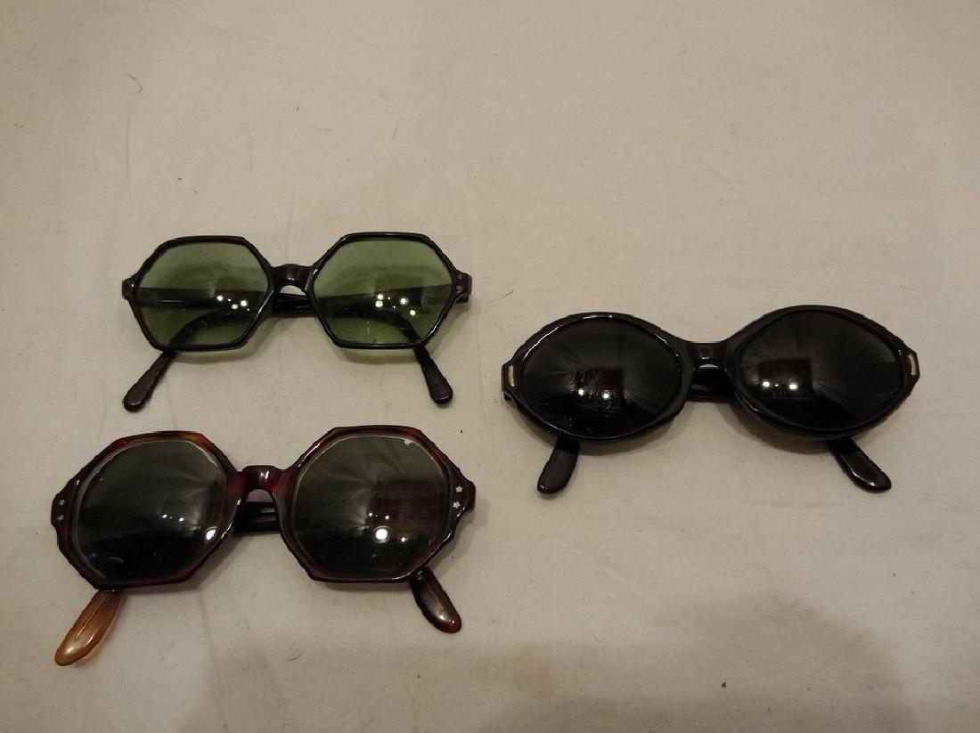 3 pair Vintage Ladies Sun Glasses
