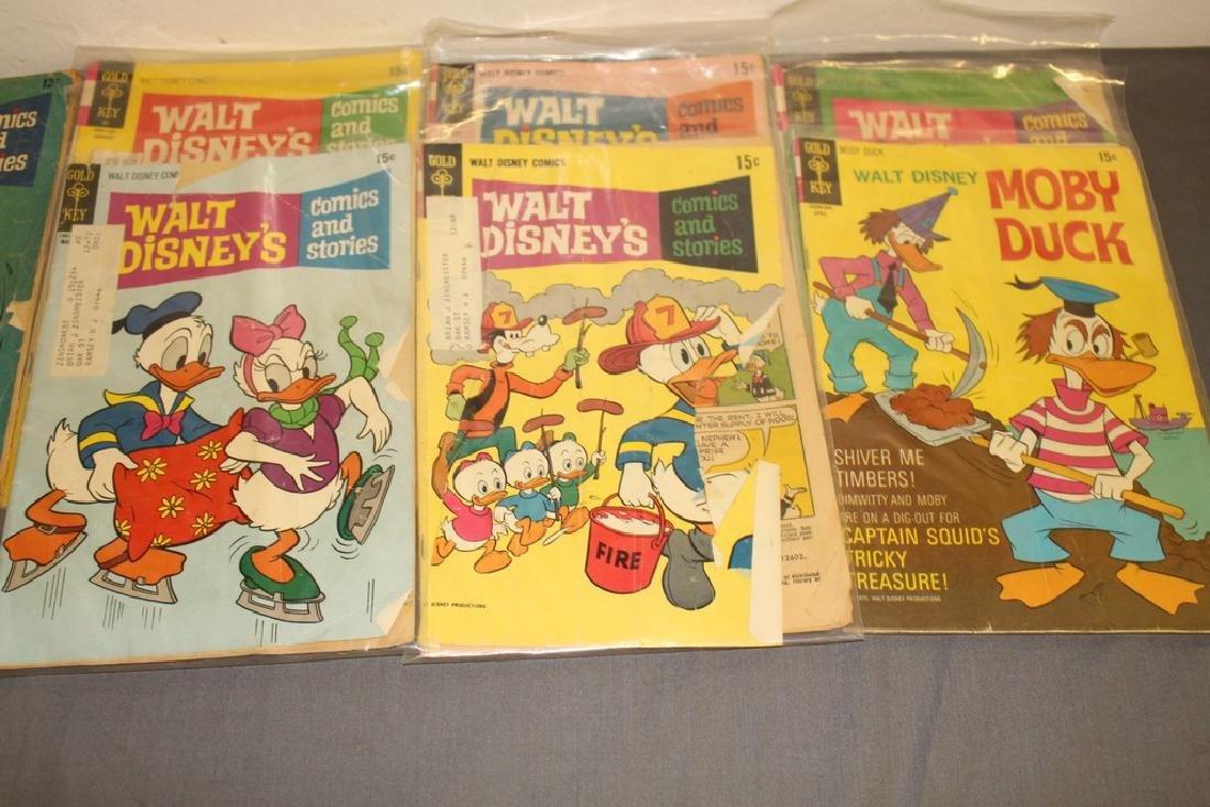 lot of 32 Disney Comics - 10