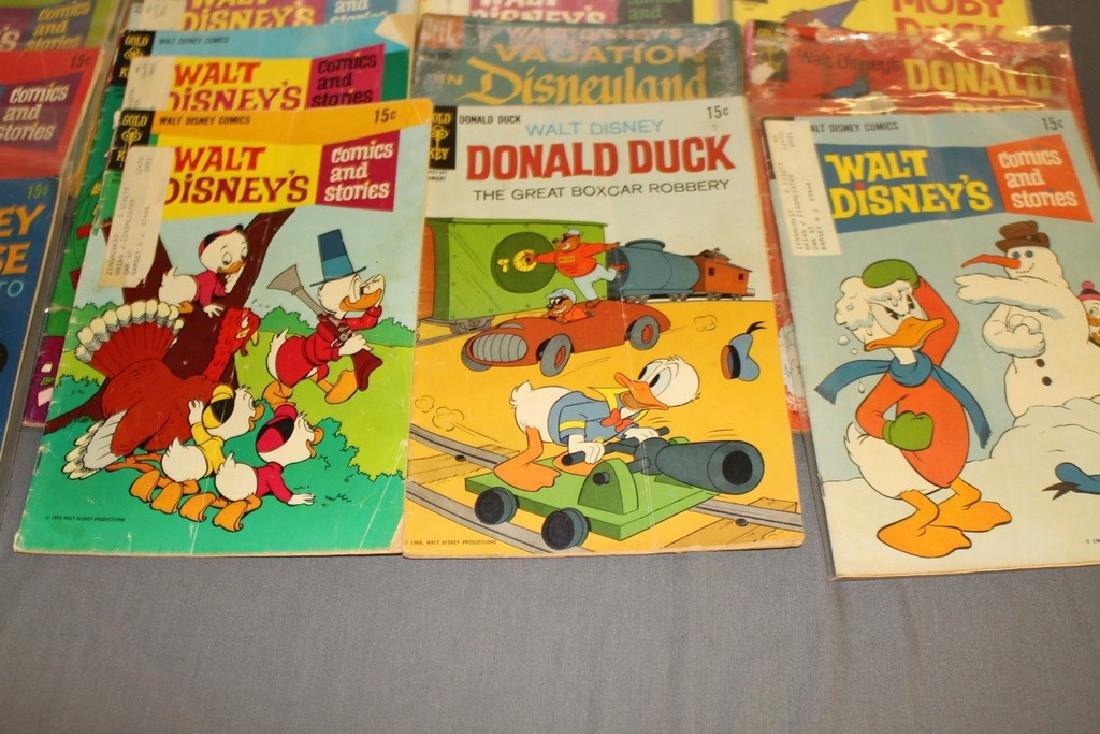 lot of 32 Disney Comics - 4
