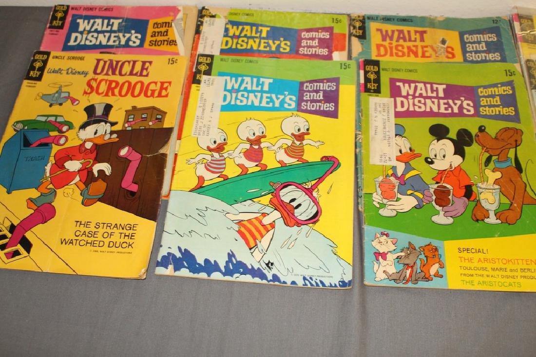 lot of 32 Disney Comics - 9