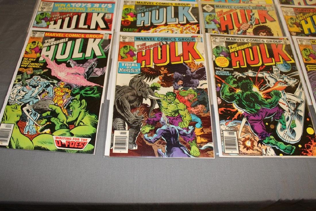 37 Incredible Hulk comics - 2