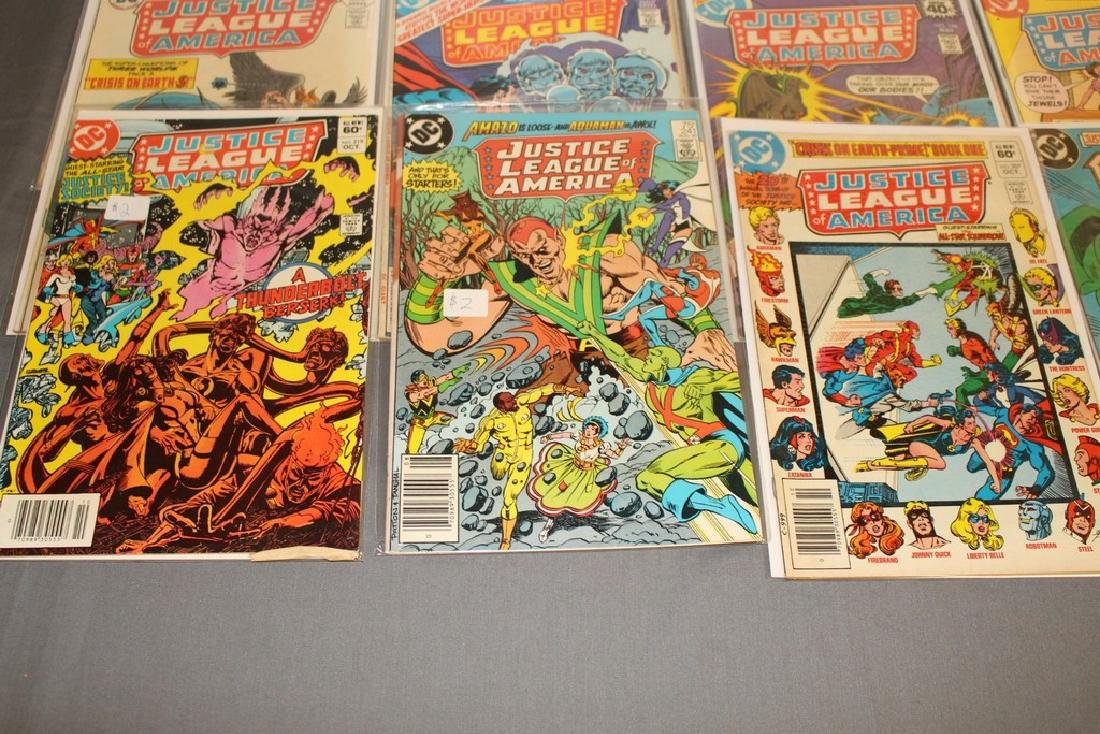 19 comics, Justice League of America - 3