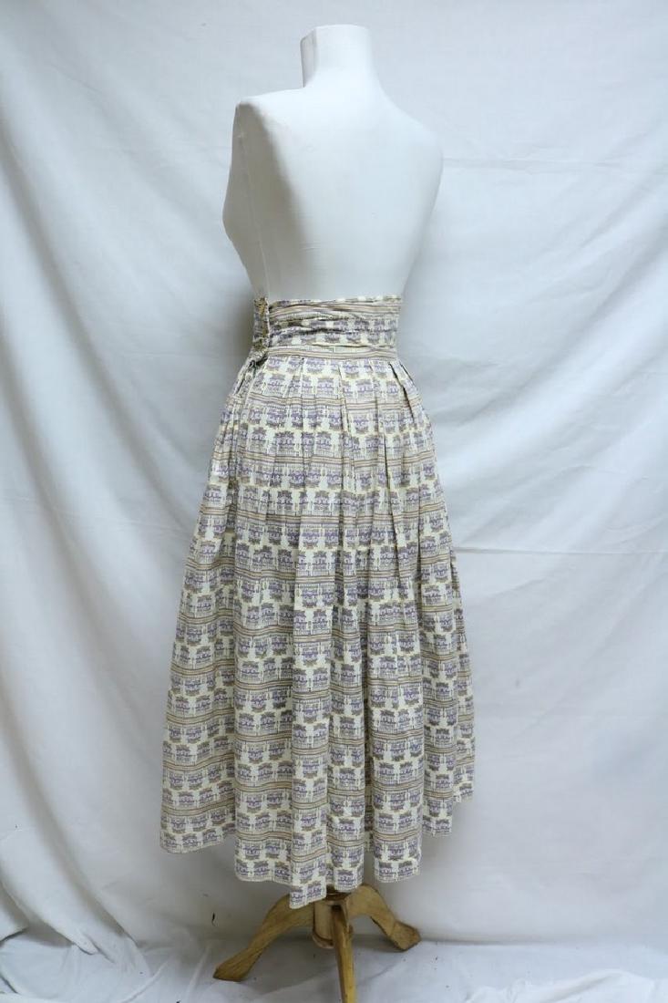 1950's Novelty Print Skirt with high waist band - 3