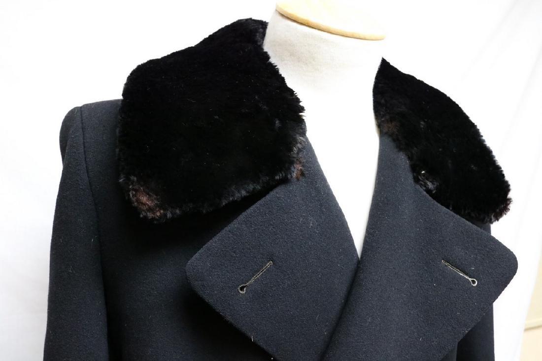 1940s mens black wool overcoat with fur collar - 2
