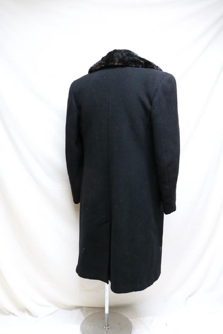 1940s mens black wool overcoat with fur collar - 3