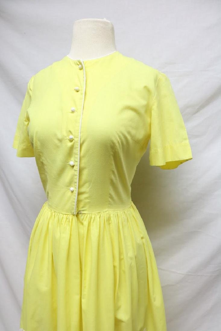 1960s canary yellow dress w/embroidery - 2