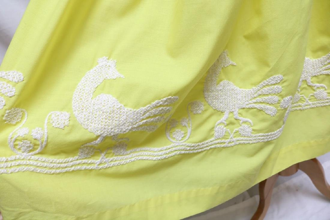 1960s canary yellow dress w/embroidery - 3