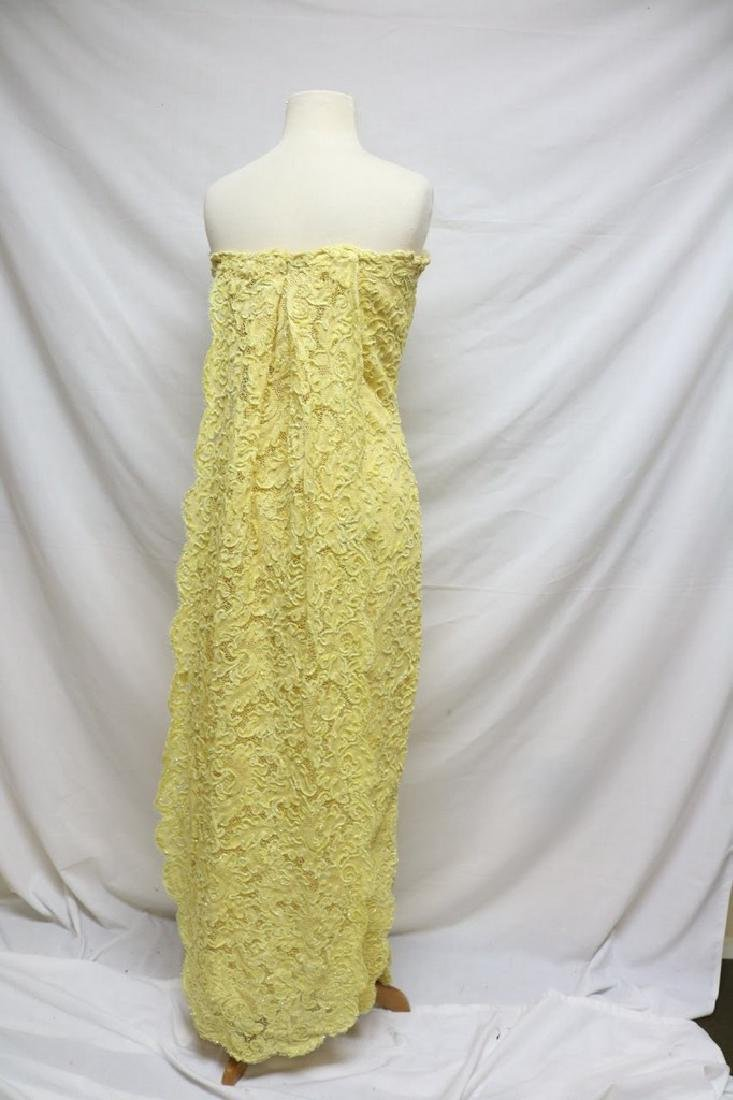 1960s strapless lace dress - 3
