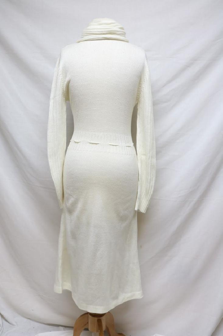 1970s turtleneck sweater dress - 3