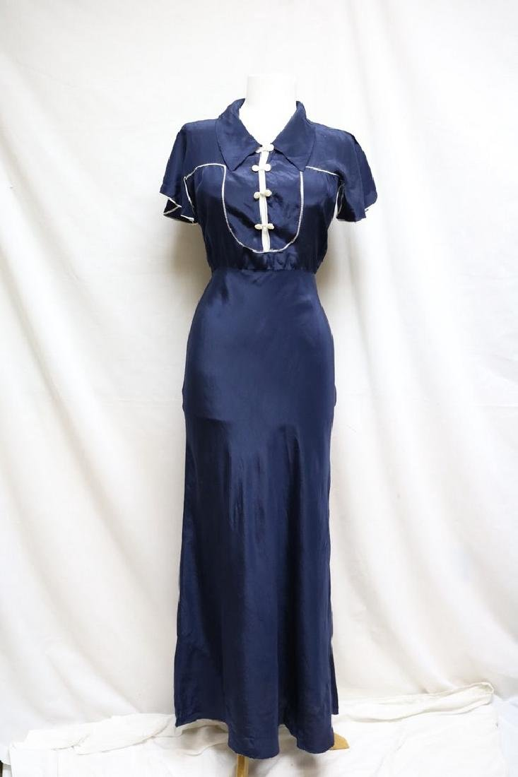 1930s short sleeve nightgown