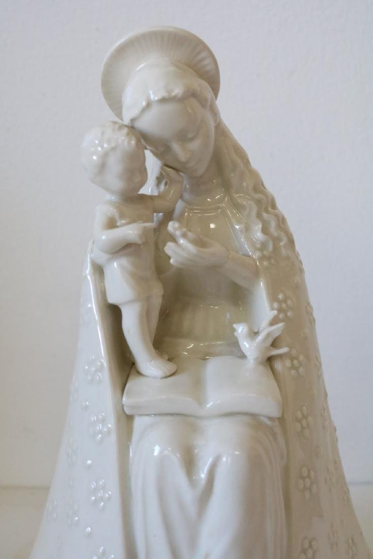 Hummel Seated Madonna with Child in White - 2