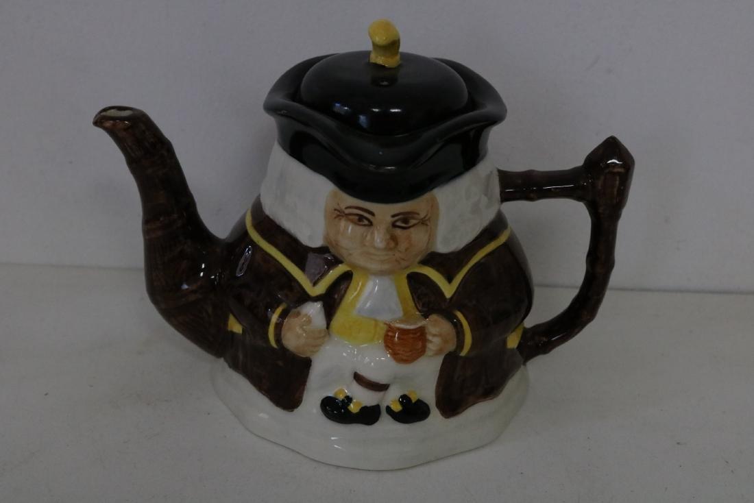 Price Kinsington Toby style Tea Pot, made in England