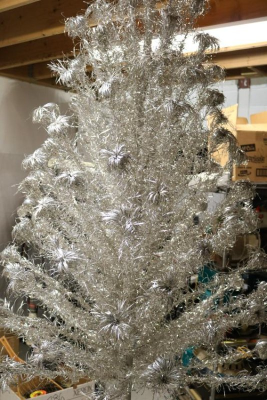 7 foot Aluminum Christmas Tree with Color Wheel