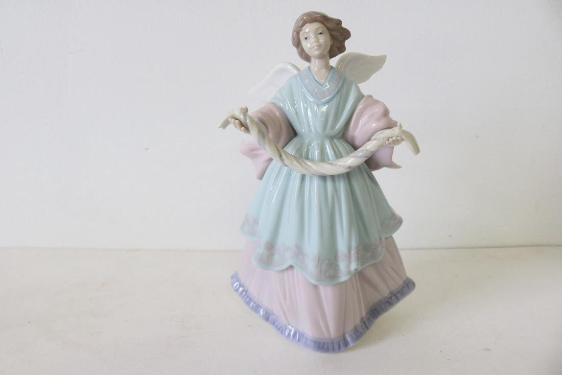 Lladro, Joyful Offering, #06125 - 2