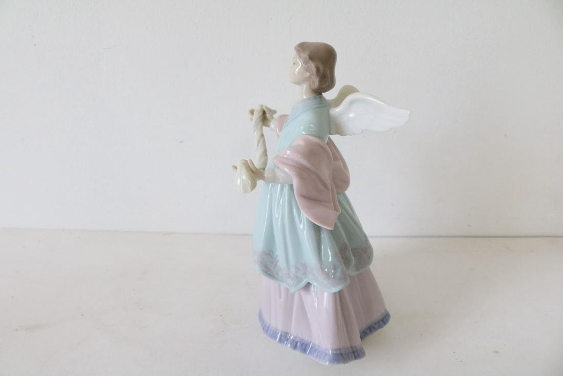 Lladro, Joyful Offering, #06125 - 5