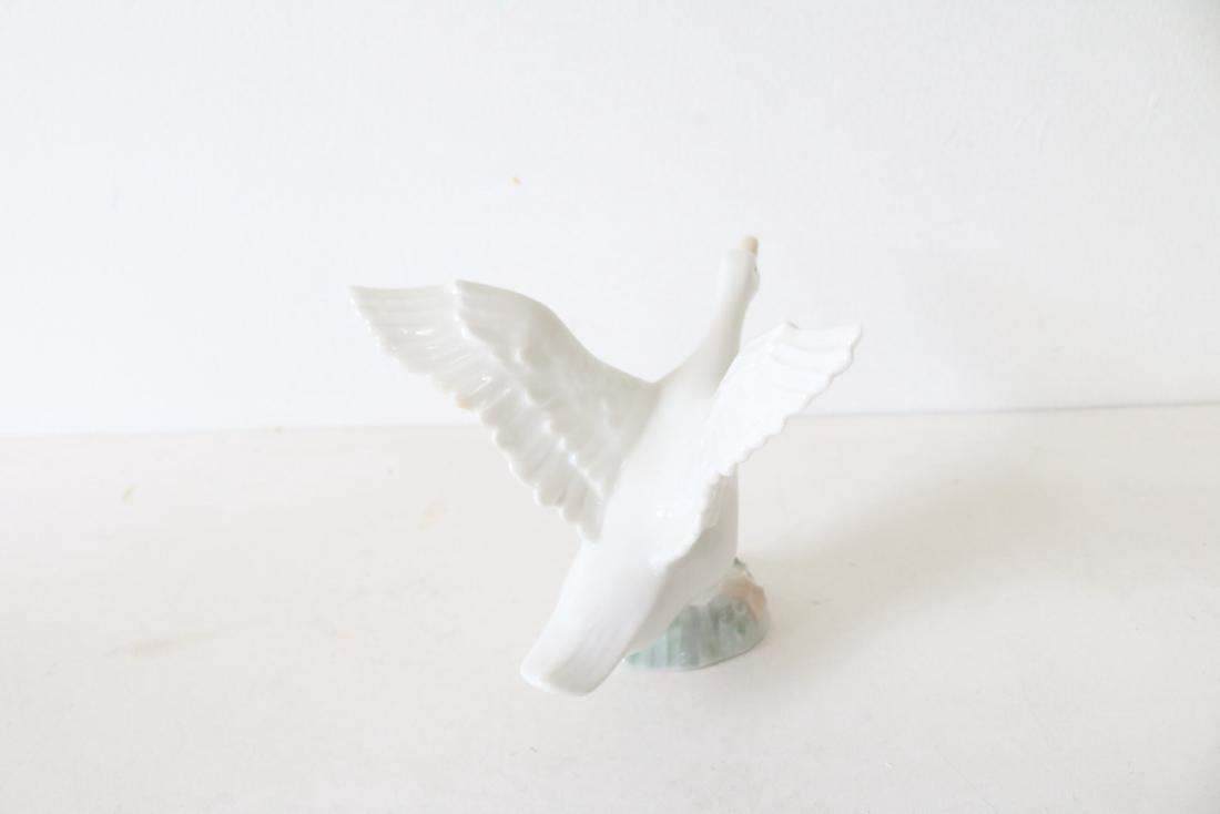 Lladro, Duck Jumping #1265 - 4
