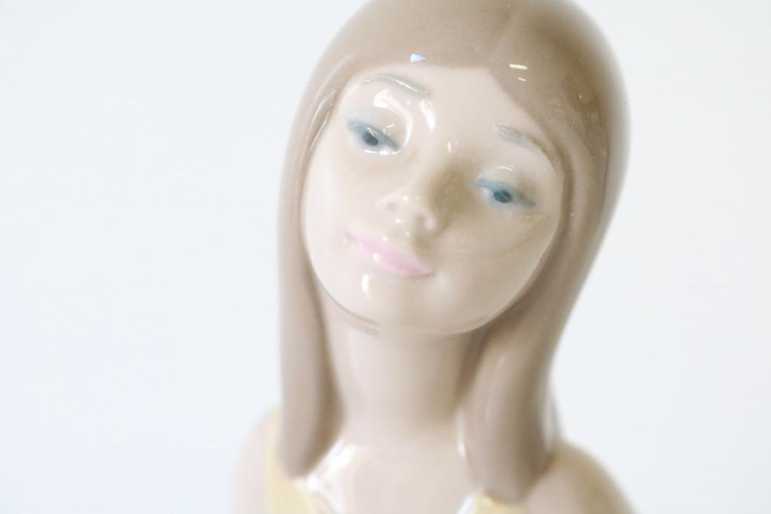 Lladro, Naughty Girl, #5006 - 2