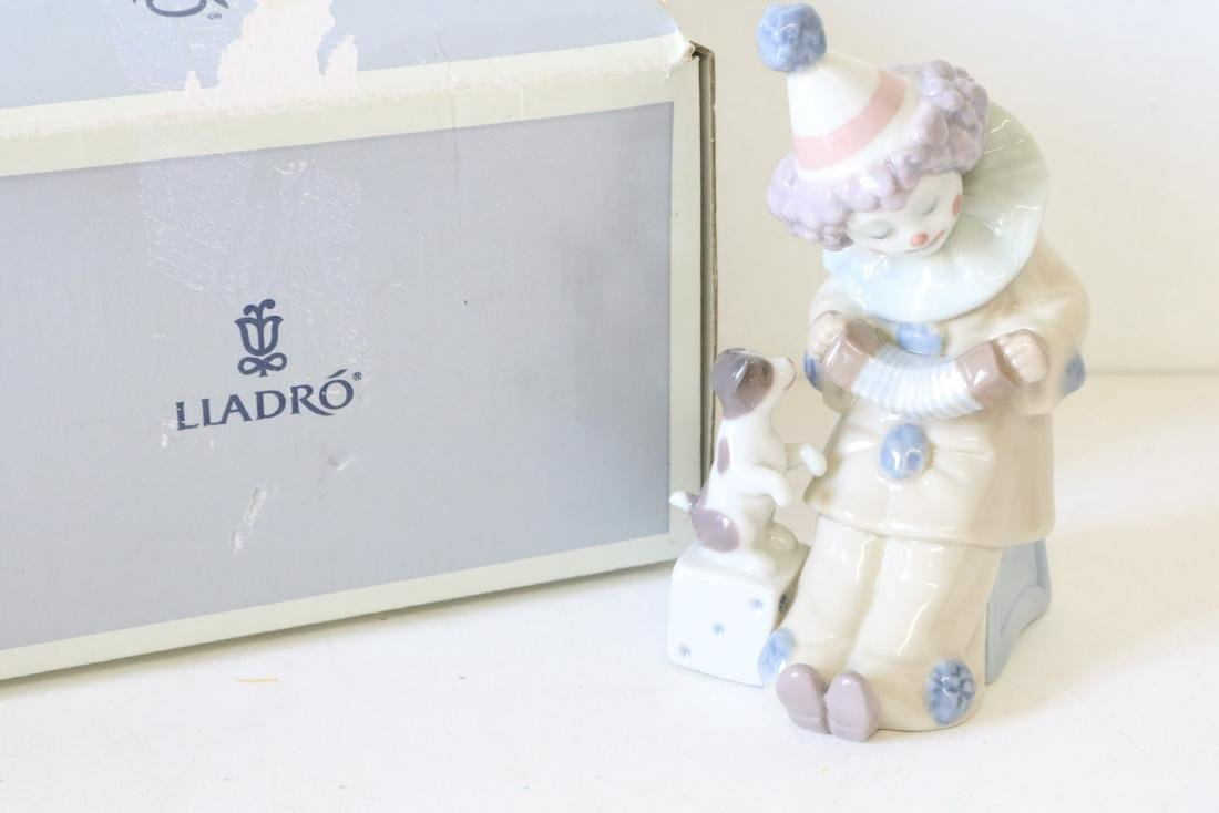 Lladro, Pierrot with Concertina #5279