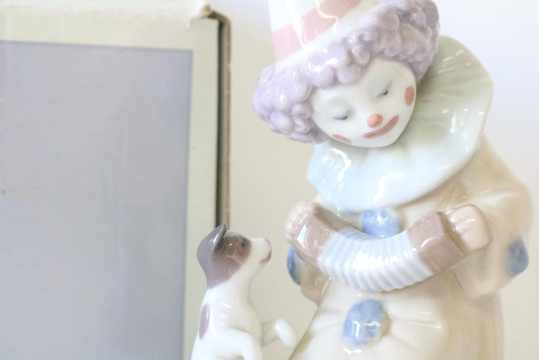 Lladro, Pierrot with Concertina #5279 - 2