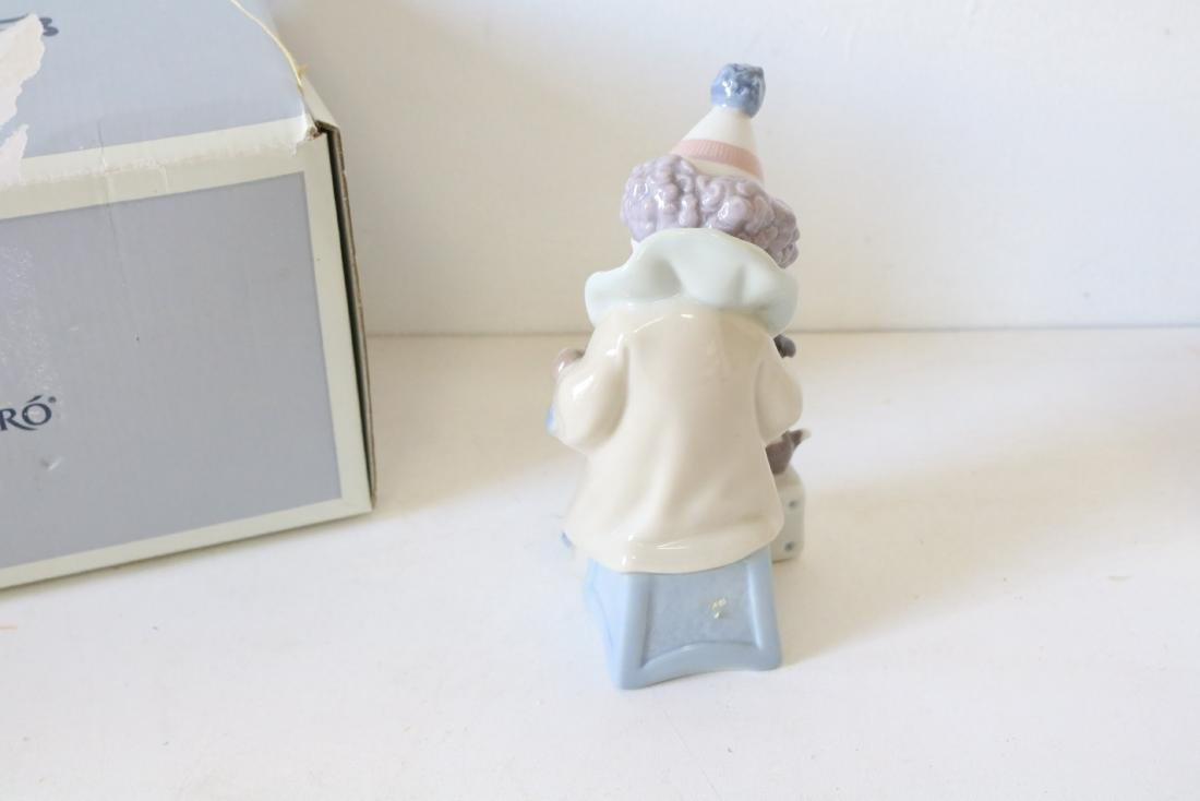 Lladro, Pierrot with Concertina #5279 - 4